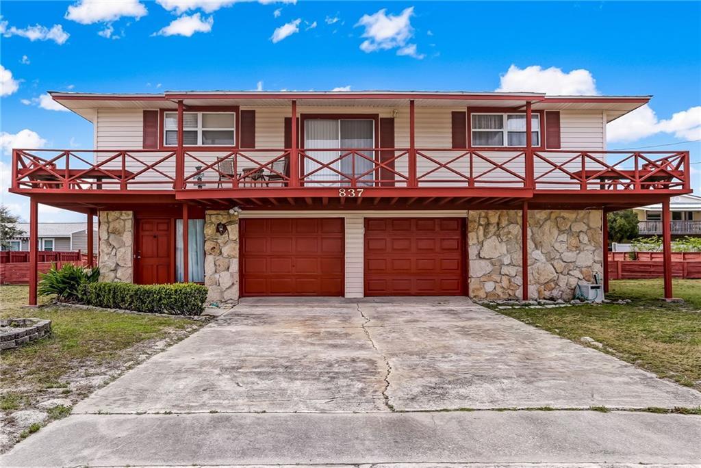 837 Tarpon Avenue Fernandina Beach, FL 32034