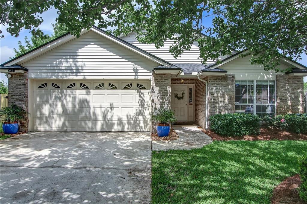 2474 Glassy Water Lane Jacksonville, FL 32246