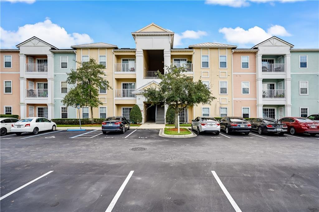 8226 Green Parrot Road Jacksonville, FL 32256